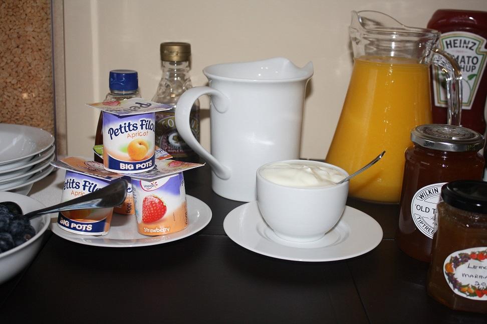 016 Breakfast.JPG